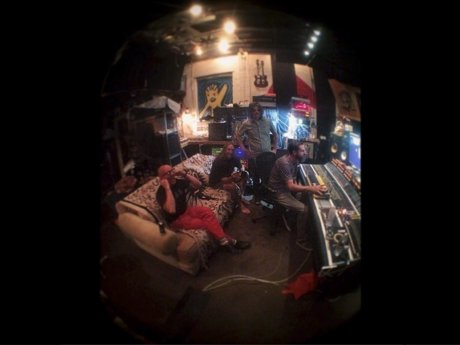 tool-studio-instagram-460-85