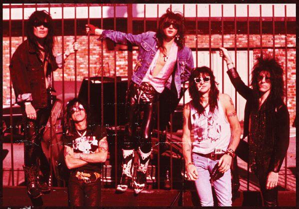 LA Guns Boston 1989 Cover-001