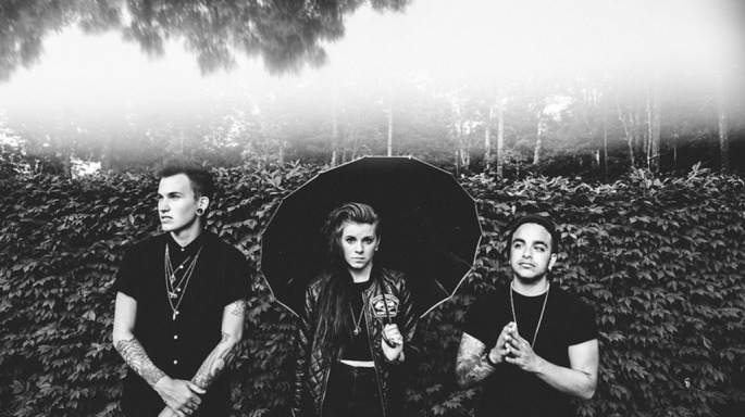 PVRIS band shot