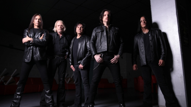 Black Star Riders 2015