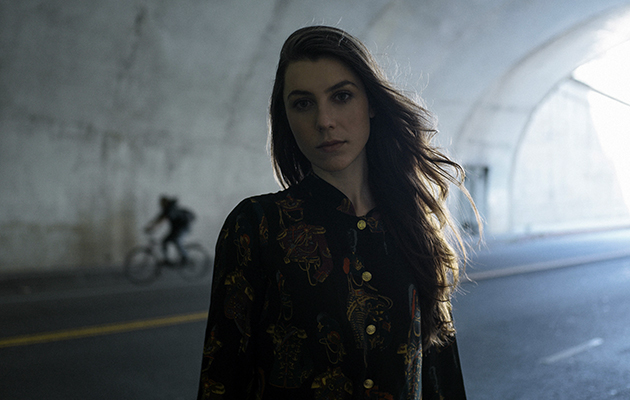 Julia Holter by Tonje Thilesen 2015
